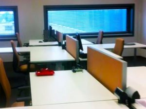 Verbesserung der Akustik im Büro