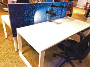 Schallgedämmter Schreibtischtrenner-Bürogarten