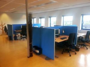 Büroarbeitsplatz Abschirmung