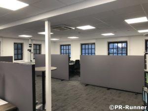 Mobiele scheidingswanden Timmerfabriek Ebbers PR-Runner geluiddempend kantoortuin